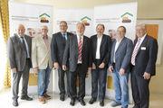 Der neue Vorstand des Verbands: Heribert Kamm (Mitte).