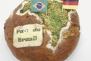 Ihr Brot mit Maniok, Avocados und Paranüssen haben Gerboin Ludovic und David Hanus Pao de Brasil genannt .