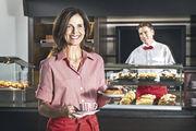 Im Verkauf und in der Bäcker-Gastronomie mit Service ist es wichtig, adrett gekleidet zu punkten.