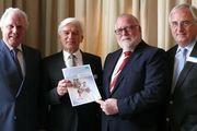 Das Vorstandsteam der Bäko-Zentrale Nord (von links): Geschäftsführer Lutz Henning, Eckhard Starke, Klaus Borchers und Alois Mensing.