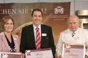Die glücklichen Preisträger bei der Verleihung auf der Messe Südback.