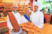 Wilhelm, Heide und Jan Patrick Behmer (von links) sind stolz auf ihre Produkte.