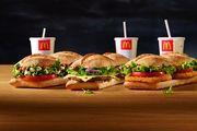 Immer mehr Kunden von McDonald's wandern zur angesagten Burger-Konkurrenz ab.
