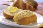 Zu jeder Zeit frisch aus dem Ofen - Aufbackware kommt bei Kunden nach wie vor gut an.
