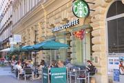 Starbucks gehört zu den bekannten Anbietern von Kaffeespezialitäten.