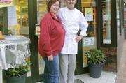 Vor 19 Jahren haben Antje und Wolfgang Radeckenn die Bäckerei Büller in Nortorf übernommen – eine kleine Bäckerei mit hohem Qualitätsanspruch, die sowohl Bio- als auch konventionelle Backwaren herstellt.
