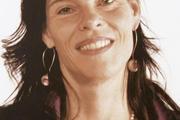 Isabel Greschat ist promovierte Kunsthistorikerin.