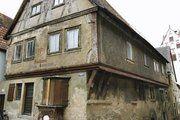 Das Baumann'sche Haus in Dettelbach mit vorgebautem Verkaufserker.