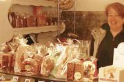 Sofie Bernau ist in Berlin seit 14 Jahren mit Lebkuchen im Geschäft.