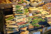 Wichtige Aspekte im Snackgeschäft sind unter anderem die Frische und die Präsentation.