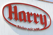 """Bei dem Großbrand bei """"Harry Brot"""" wurde niemand verletzt."""