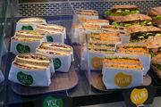 Fleischlose Snacks werden auch in Bäckereien immer häufiger nachgefragt.