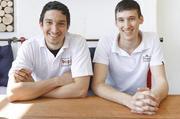 Sie lieben ihren Job als Bäcker: Thorsten (links) und Markus Bopp.