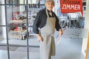 Bäckermeister Peter Wentzlaff in seiner Leipziger Brotschule.