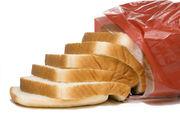 Lebensmittel wie Toastbrot sollen auch künftig mit einem Mindesthaltbarkeitsdatum versehen werden - wenn es nach dem bayerischen Landes-Innungsverband ginge.