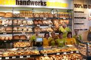 Auch das Verkaufsteam am neuen Standort von Katz ist zuversichtlich, dass die Snacks und vor allem das Brot gut ankommen.