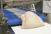 Mit den richtigen Teigteilern lassen sich Teige genau portionieren. Der schonende Umgang beeinflusst das Ergebnis in Optik, Geschmack und Frische positiv.
