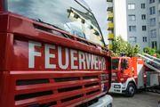 Um das Feuer in einer Mönsheimer Bäckerei unter Kontrolle zu bekommen, mussten 70 Einsatzkräfte der Feuerwehr anrücken.