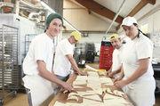 Teamarbeit und handwerkliche Produktion sind Trumpf. Das gilt bei Süpke selbstverständlich auch für die Croissants aus eigener Herstellung.