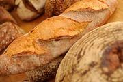 Deutschland punktet bei Verbrauchern mit einem umfangreichen Brotsortiment, während in Griechenland eher nur kräftige Brot nachgefragt werden.