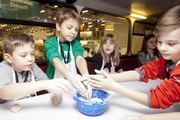 Mit dem Backbus können bereits die Kleinen für das Bäckerhandwerk begeistern werden.