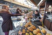 Backwaren als Aushängeschild: An fünf von insgesamt zehn Standorten ist die Bäckerei Daiber in der Vorkasse ihrer Edeka-Frischmärkte präsent.