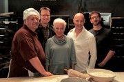"""Das Team von """"Laible und Frisch"""" steht in den Startlöchern (von links): Schauspieler Winfried Wagner, Produzent Frieder Scheiffele, Schauspieler Ulrike Barthruff , Simon Licht und Autor Sebastian Feld."""