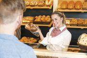 """Einfache Gleichung: Verkäuferinnen, die selbstbewusst auftreten, können sich auch Freundlichkeit """"leisten""""."""