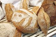 Egal, ob hell oder dunkel: Das Getreide entscheidet nicht darüber, ob das Brot bekömmlich ist.