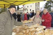 Auf Wochen- und Naturparkmärkten bietet Bäckermeister Armin Schmieder seine Urkornbrote an.