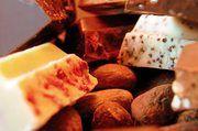 In den Schokoladentafeln der Schokoladenmanufaktur werden unterschiedliche Aromen zu einem harmonischen Ganzen kombiniert.