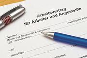 Für einen Arbeitsvertrag ist die Schriftform zwingend vorgeschrieben.