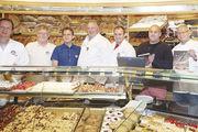 """Vorstandsmitglieder der """"Allgäuer Bäcker"""" (von links): Hubert Wipper, Karl Standhartinger, Günther Landerer, Johann Baldauf, Erwin Weber, Thomas Baustetter und Karlheinz Härle."""