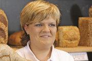 Verkäuferinnen einer Bäckerei klagen auf Wiedereinstellung. Symbol