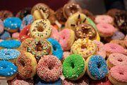 Ein Australier bringt die Donuts jetzt zum Leuchten.