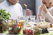 Verbraucher werden künftig wohl noch stärker auf die gesunde Zusammensetzung des Essens achten.
