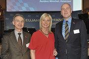 Hauptgeschäftsführer Dr. Wolfgang Filter (links) und Geschäftsführer Christopher Kruse mit Verbraucherschutzministerin Ulrike Scharf.