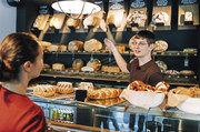 Künftig könnte ein Hygiene-Smiley Bäckereikunden begrüßen.