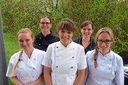 Stolze Jungmeisterinnen (v.l.): Vivien Heisig, Rachel Thome, Eva Krausbeck, Carolin Bräunlinger und Tanja Thiel.