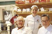 Prüfer Michael Isensee (l.) mit  Daniela Zielinski und Jens Engelhardt.