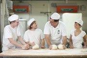 Azubis im Bäckerhandwerk dürfen sich ab 1. September 2018 über eine höhere Ausbildungsvergütung freuen.