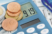 Der Mindestlohn wird ab 1. Januar 2019 auf 9,19 Euro pro Stunde steigen. Ein Jahr später sind es dann 9,35 Euro.