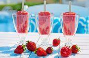 Cocktails wie den Erdbeer-Daiquiri gibt es jetzt auch zum Lutschen.