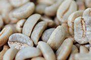 Kaffeehäutchen werden zu Pellets.