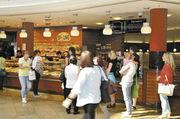 Die Bäckerei Sprung aus Magdeburg betreibt eine ihrer 20 Filialen im dortigen Allee-Center.