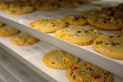 Aryzta betreibt weltweit Produktionsstätten wie hier eine für Cookies.