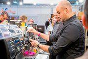 """Auf der Messe """"Gastro Tage West"""" messen sich die besten Kaffee-Experten bei den Deutschen Kaffee-Meisterschaften."""