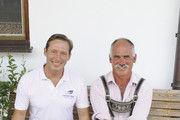 Teamarbeit: Bäckereiinhaber Paul Thomas Sesar (l.) und Landwirt Franz Reßle aus Schongau, der Dinkel und Roggen in Bioland-Qualität liefert.
