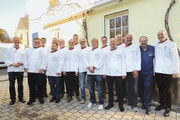 Die Brotsommeliers des Jahrgangs 2018 bei ihrem Abschluss mit Johann Lafer.