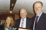 Katharina Daube wird Nachfolgerin von Jan-Henning Körner (r.), Heinz Essel ist Ehrenmitglied.